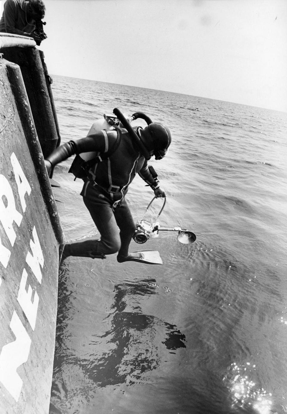 Italian Crews 1968 Dive To Andrea Doria Photo 4 Of 19
