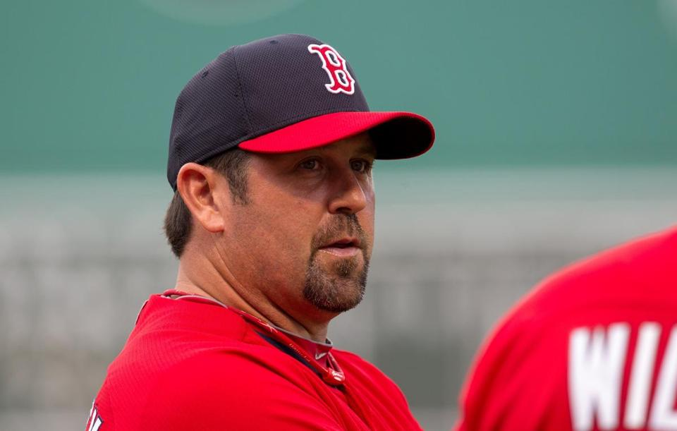 Jason Varitek turned down the job as Mariners manager.)