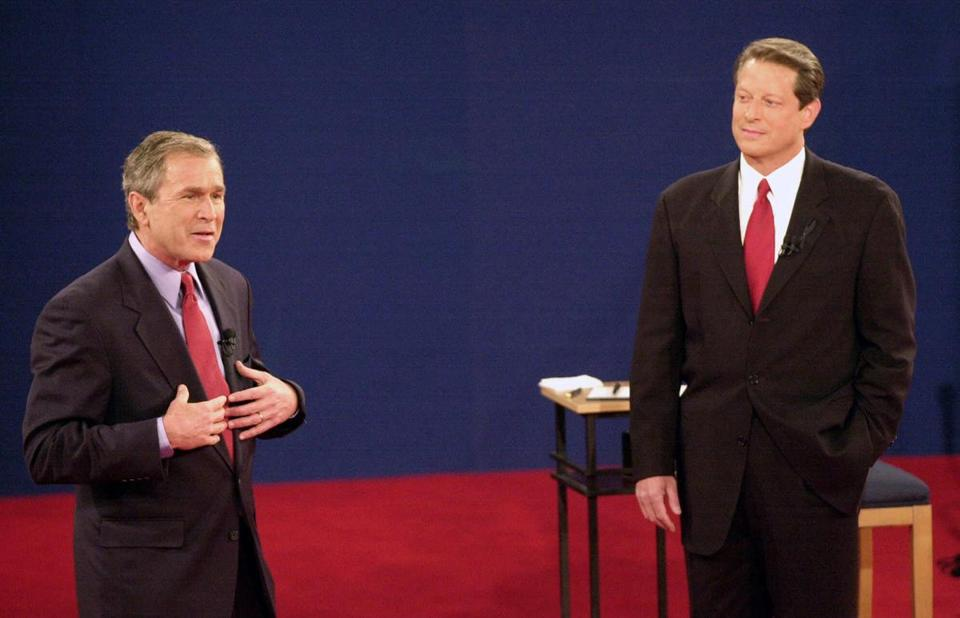 George W. Bush (left) and Al Gore, the Republican and Democratic presidential candidates in 2000, participated in the third and final debate of their campaigns at Washington University in St. Louis.
