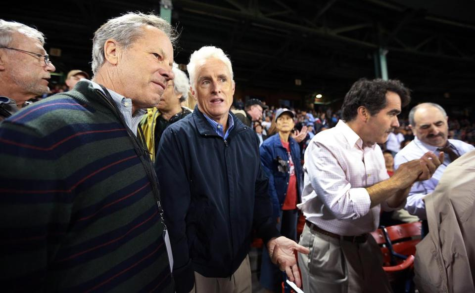 Ben Bradlee Jr (left) talked with John Slattery at a Red Sox game in 2014.