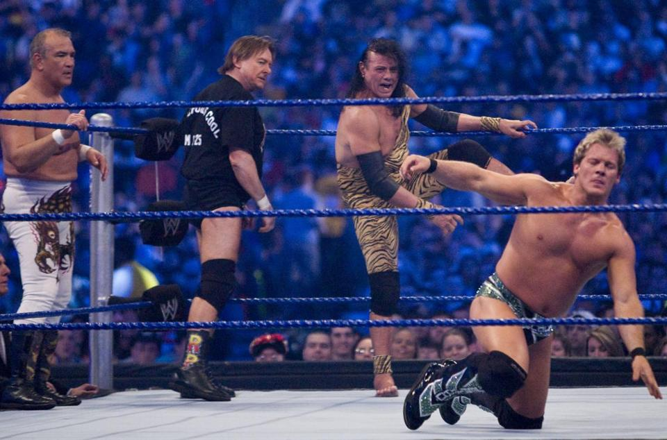 "Jimmy ""Superfly"" Snuka (center) is among the plaintiffs in the lawsuit against the WWE"