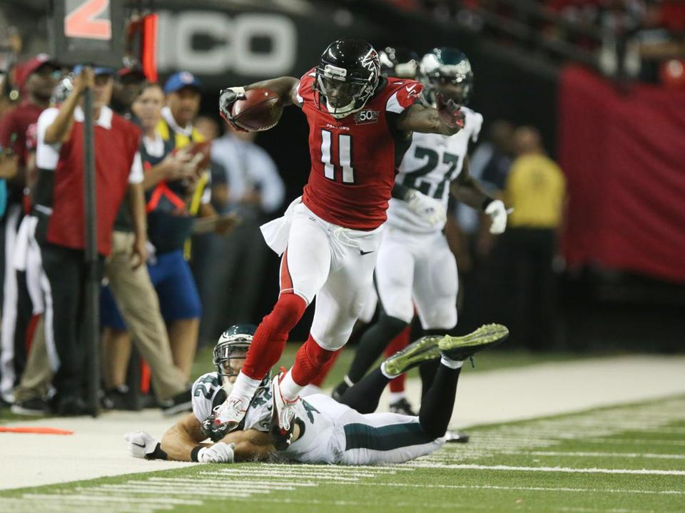 Julio Jones 11 Galloped Down The Sideline After Slipping Past Eagles Safety Chris Maragos