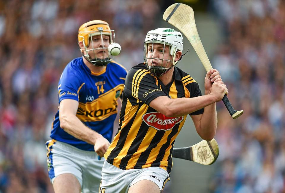 Hurling teams from Galway and Dublin will play an exhibition at Fenway Park on Nov. 22.