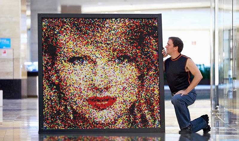 Andover man wins Ripley's contest with Taylor Swift portrait made ...