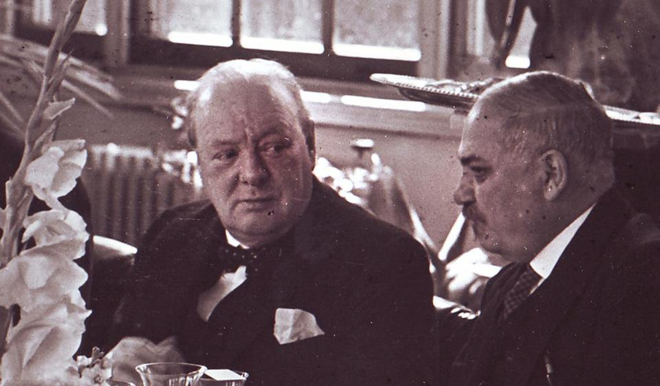 Winston Churchill and Ivan Maisky dined in the observatory of the Russian Embassy in London in August 1941.