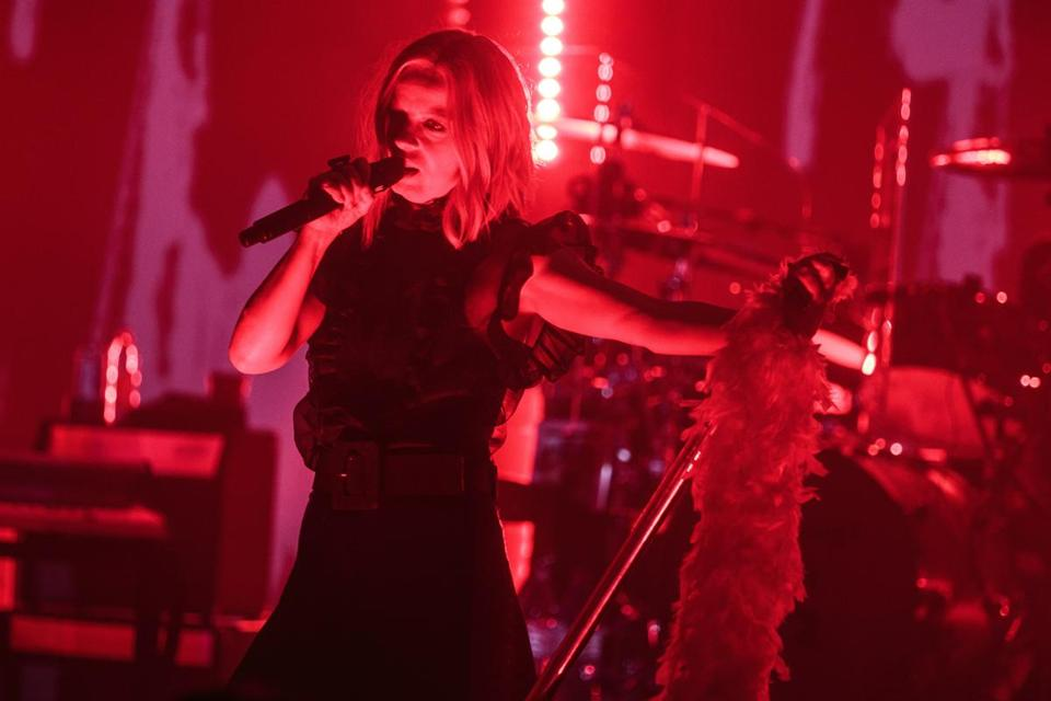 Vocalist Shirley Manson leading with Garbage at the Orpheum.