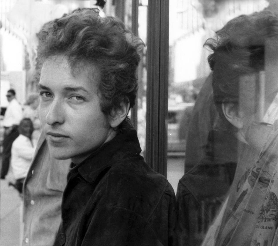 """The Cutting Edge 1965-1966: The Bootleg Series Vol. 12"" reveals Bob Dylan (seen in undated photo) as an artist at a crossroads."