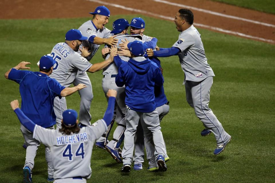NEW YORK, NY - NOVEMBER 01: The Kansas City Royals celebrate defeating the New York Mets to win Game Five of the 2015 World Series at Citi Field on November 1, 2015 in the Flushing neighborhood of the Queens borough of New York City. The Kansas City Royals defeated the New York Mets with a score of 7 to 2 to win the World Series. (Photo by Doug Pensinger/Getty Images)