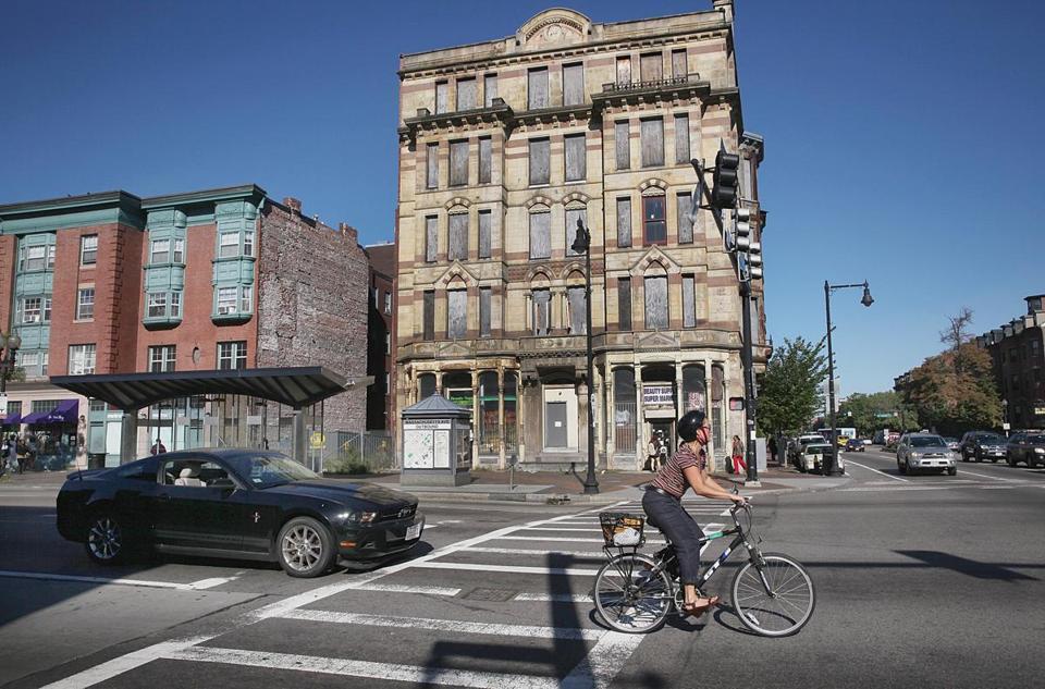 Sale Of Boston Globe Building