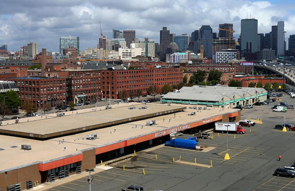 The 5 6 Acre Fl Whole Warehouse On Albany Street In South End Sits Squarely