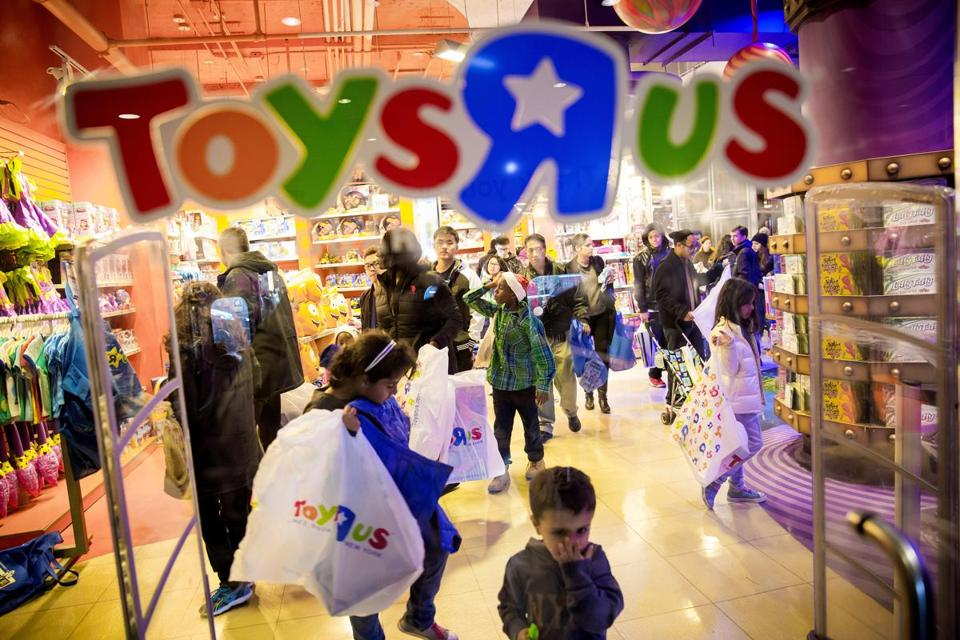 toys r us lbo essay Toys r us this research paper toys r us and other 64,000+ term papers, college essay examples and free essays are available now on reviewessayscom autor: review • february 10, 2011 • research paper • 2,163 words (9 pages) • 920 views.