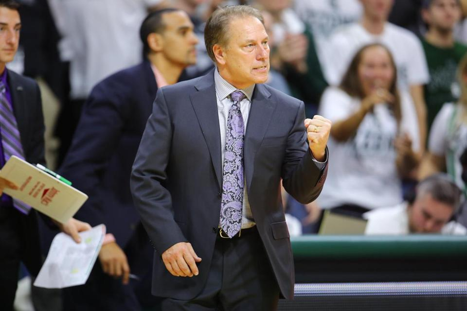 EAST LANSING, MI - DECEMBER 2: head coach Tom Izzo of the Michigan State Spartans reacts to his team efforts in the second half against the Louisville Cardinals at the Breslin Center on December 2, 2015 in East Lansing, Michigan. (Photo by Rey Del Rio/Getty Images)