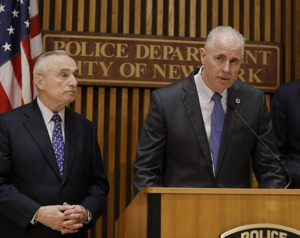 New York Police Chief of Detectives Robert Boyce (right) and Police Commissioner William J. Bratton discussed gangs engaging in white-collar crime rings.