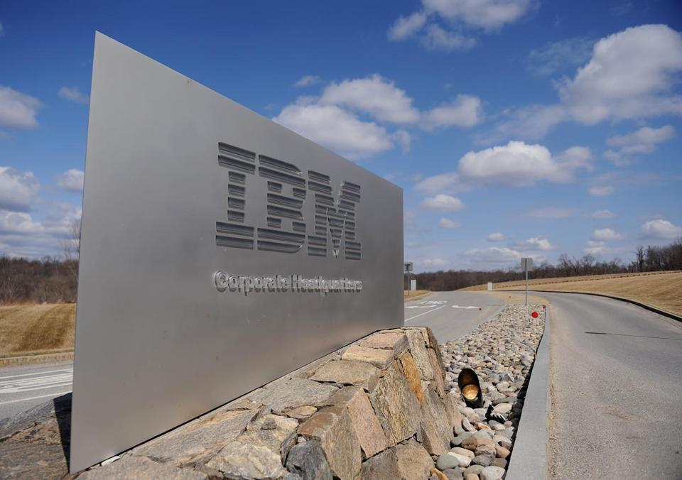 IBM reported that 2015 software sales declined 9.8 percent to $22.9 billion, which an analyst said weighed on the firm's profit forecast.