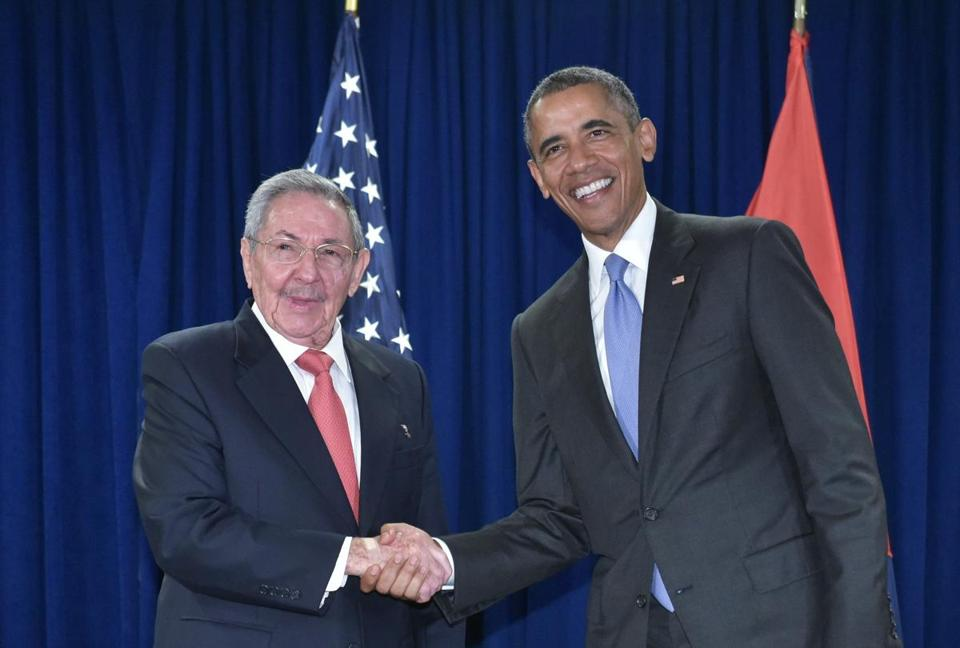 President Barack Obama shook hands with Cuba's President Raul Castro during a bilateral meeting at UN headquarters in New York on Sept. 29, 2015.