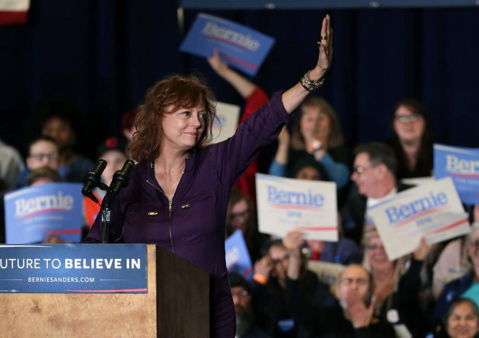 Susan Sarandon waved to the crowd at a rally for Bernie Sanders on Feb. 19 in Reno, Nev.