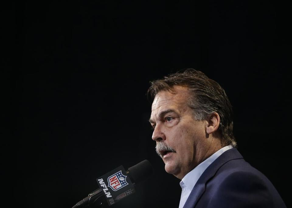 Jeff Fisher and Rams administrators will meet with their players this week to provide info about settling in Southern California.