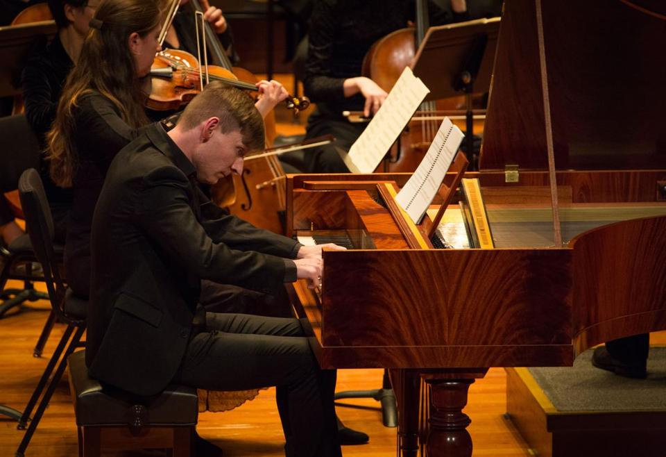 Kristian Bezuidenhout played fortepiano on Beethoven's Second with Boston Baroque Friday.