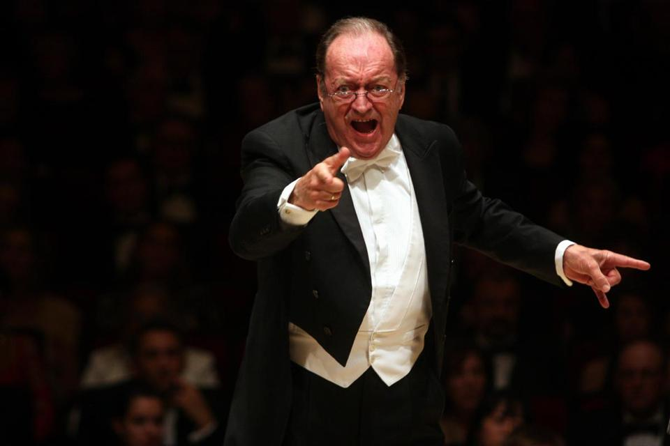 Mr. Harnoncourt worked regularly with many of Europe's major orchestras, including the Vienna Philharmonic.