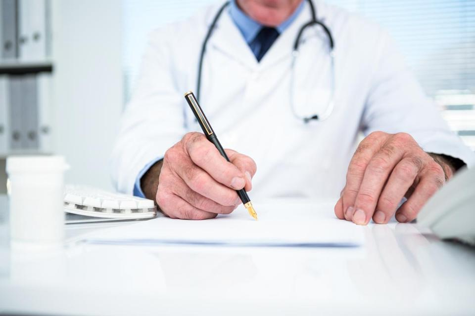 appropriate behavior of doctors to patients essay Read this essay on people of power and unethical behavior come browse our large digital warehouse of free sample essays get the knowledge you need in order to pass your classes and more.