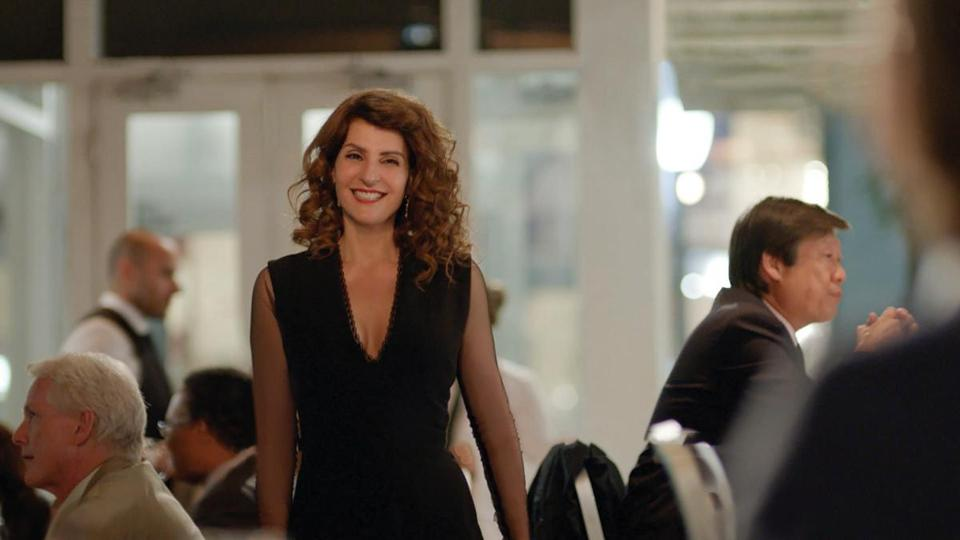 my big fat greek wedding doesn t try to reinvent the rom com nia vardalos wrote and stars in ldquomy big fat greek wedding 2 rdquo