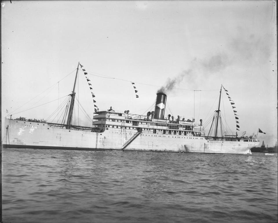 The freighter Heredia.