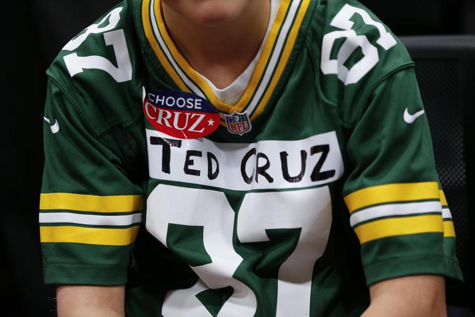 Noah Ryan, 13, showed his support for the Packers and Ted Cruz during a campaign event Sunday in Green Bay, Wis.