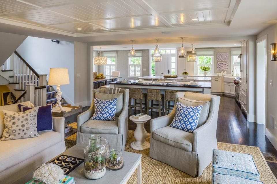 Historic Cape Home Gets Contemporary Makeover