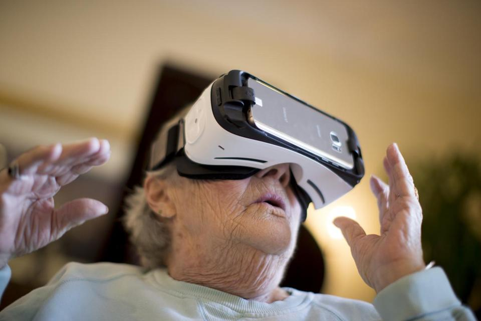 Norma Gorman was able to visit her childhood home and the city of Venice using a virtual reality headset provided by Rendever Health.