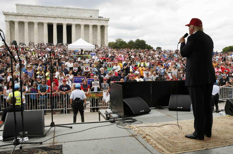 Republican U.S. presidential candidate Donald Trump addresses bikers as part of the Rolling Thunder speakers program at the Reflecting Pool near the Lincoln Memorial in Washington, U.S., May 29, 2016. REUTERS/Jonathan Ernst