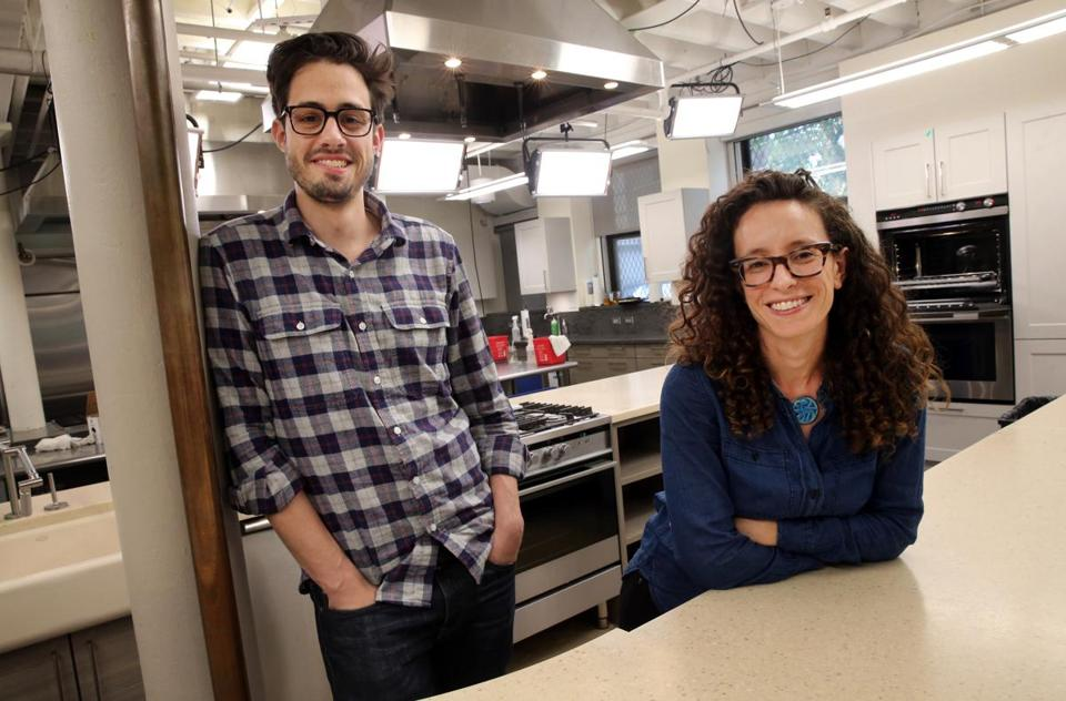 Cooku0027s Science Executive Editors Dan Souza And Molly Birnbaum.