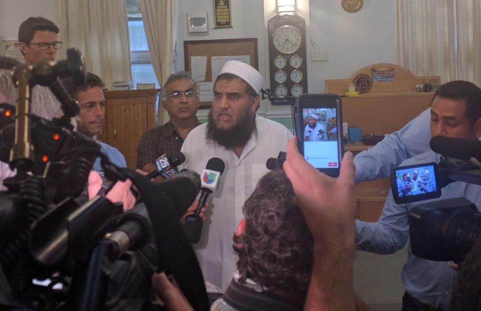 Syed Shafeeq Rahman, imam of the Fort Pierce, Fla., mosque that Omar Mateen attended, spoke to the media Sunday.
