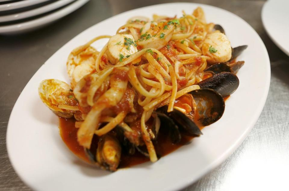 Melrose, MA: 06-10-2016: Fruit di Mare. Clams, mussels, shrimp, scallops, and calamari over linguini at Giacomo's Ristorante at 454 Main Street. (Mary Schwalm for The Boston Globe) story/Stephanie Schorow Regional (19nodine)
