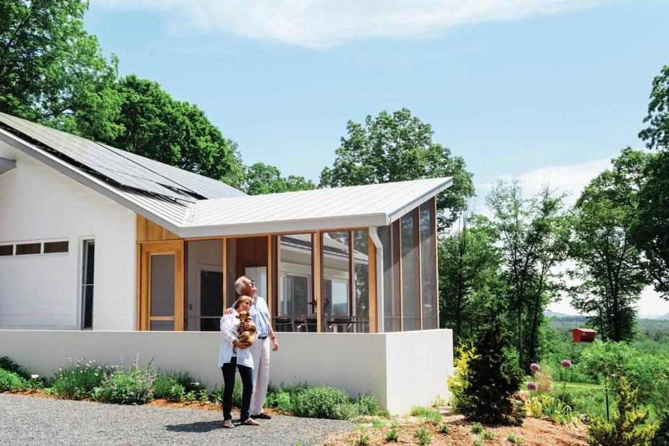When Eva and Fred Fierst bought the property in 2010, the sole structure was a tiny hunting cabin, and thick trees concealed the vistas. The house has a screened porch and rooftop photovoltaic panels.