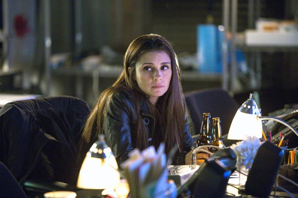 "Shiri Appleby in in Lifetime's ""UnREAL."""