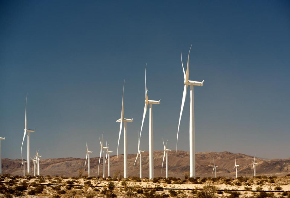 112 Siemens wind turbines at the Ocotillo Wind Energy Facility producing 265 MW, in April 2014. San Diego Gas & Electric (SDG&E) will be purchasing power for at least 20 years from 2012. Photo by: Frank Duenzl/picture-alliance/dpa/AP Images