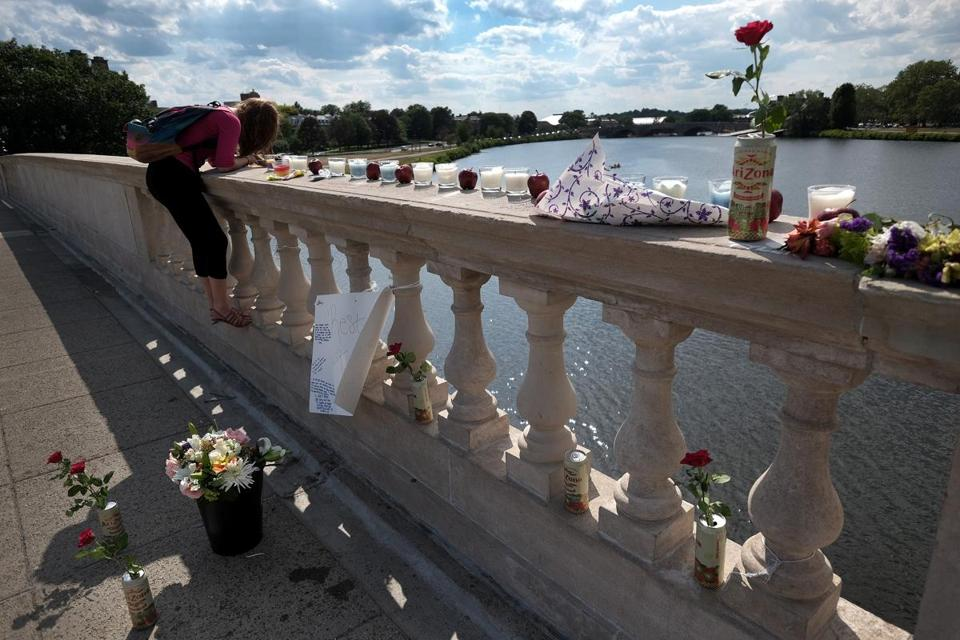 Vanessa Martinez, 17, a Harvard summer school student, visited a memorial on the Weeks footbridge over the Charles River for Tyler Greene.
