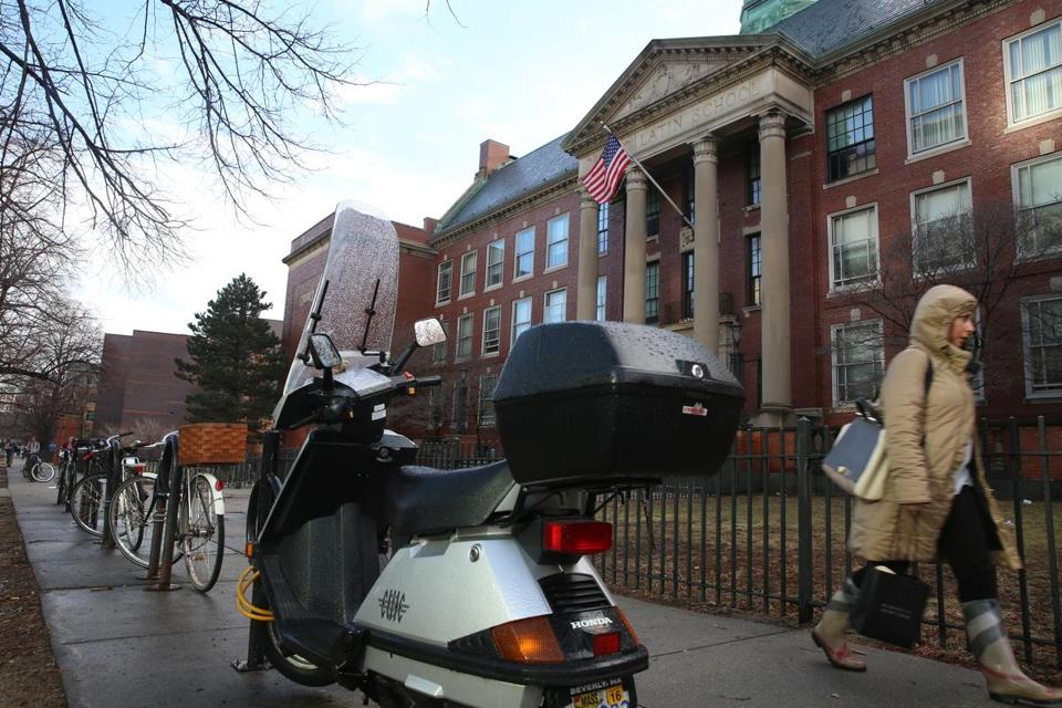 HOLD FOR BOSTON LATIN SCHOOL PROJECT Boston, MA--2/25/2016--Scenes at Boston Latin School, which is in the news because of a racial controversy, are photographed, on Thursday, February 25, 2016. Photo by Pat Greenhouse/Globe Staff Topic: 06bls Reporter: Meghan Irons
