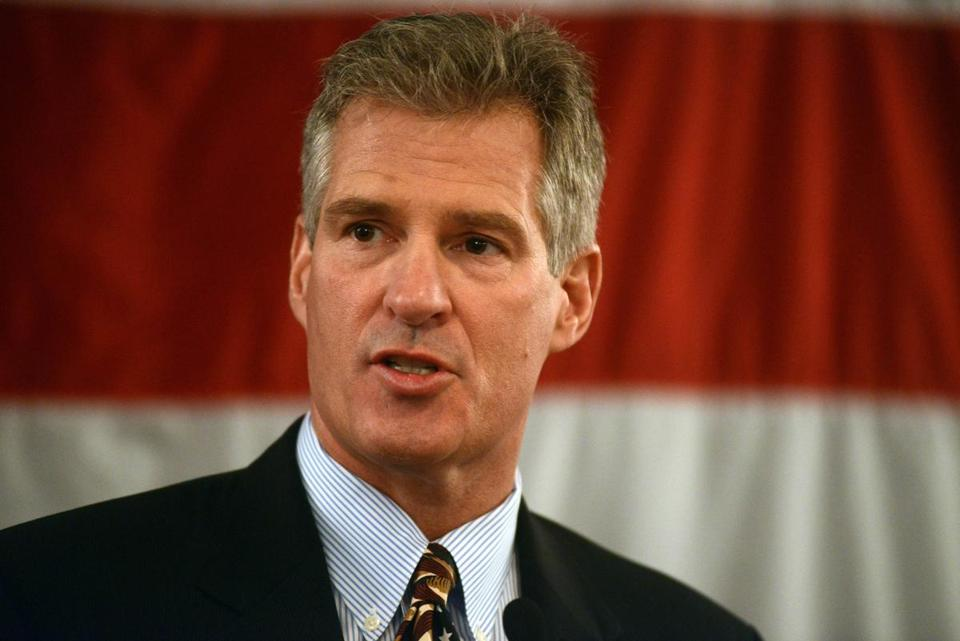 PORTSMOUTH, NH - APRIL 10: Scott Brown formally announces his candidacy for U.S. Senate April 10, 2014 at Sheraton Portsmouth Harborside Hotel in Portsmouth, New Hampshire. Brown, a former U.S. Senator in Massachusetts, recently moved to New Hampshire, and will look to take on incumbent U.S. Senator Jeanne Shaheen. Photo by Darren McCollester/Getty Images)