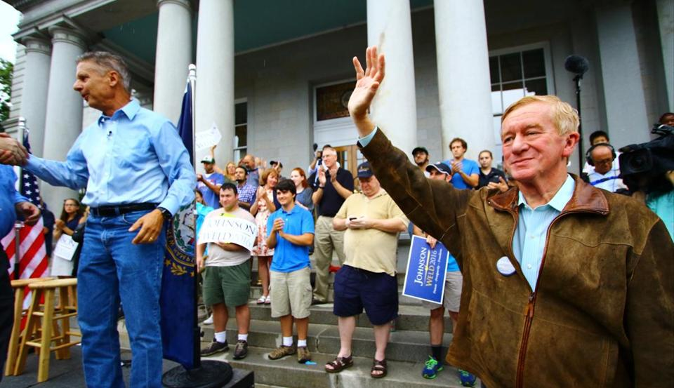 Libertarian presidential candidate and former New Mexico governor, Gary Johnson and his running mate, former Massachusetts governor Bill Weld, greeted supporters at the New Hampshire State House in Concord on Thursday.
