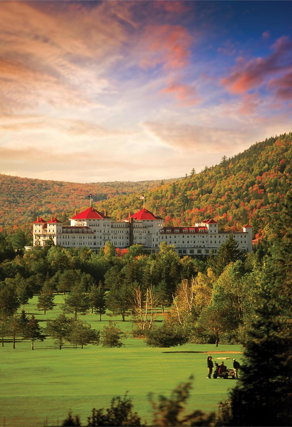 For a more luxurious experience try the Omni Mount Washington Resort.