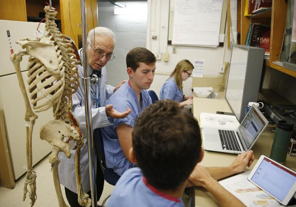 For medical students, lessons in life from the dead - The Boston Globe