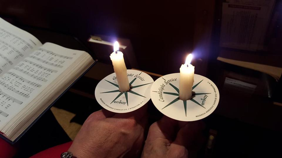 All Saints Episcopal Church of the North Shore held a candlelight vigil and interfaith service on Oct. 13 in honor of Domestic Violence Awareness Month.