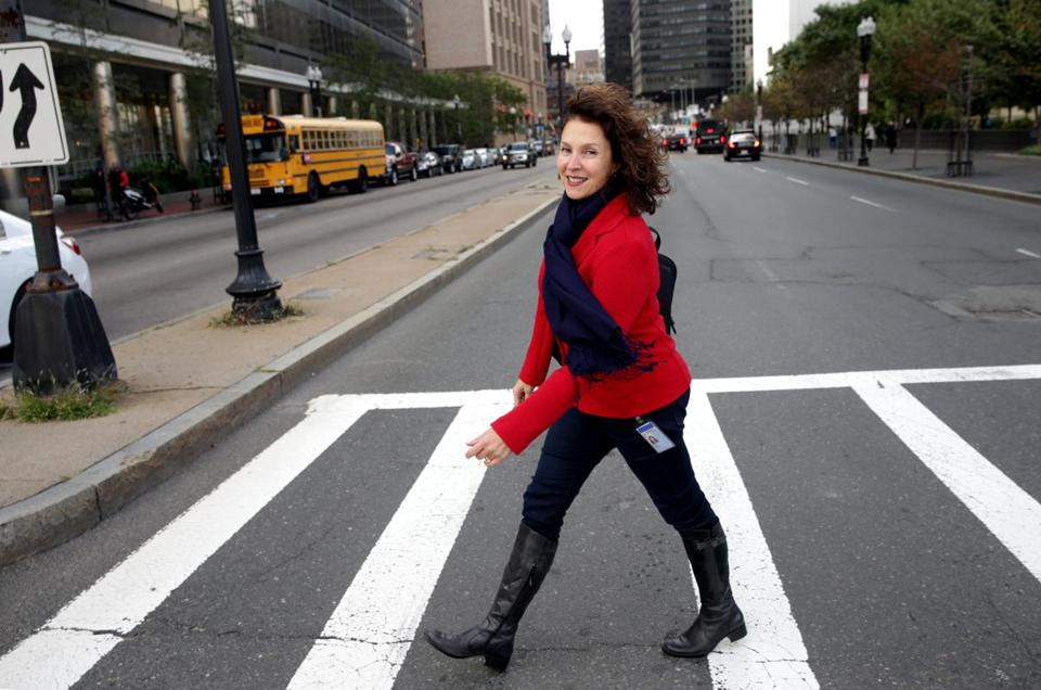 Boston Ma 09302016 General Electric Ombudsman Charlene Giacin (cq) photographed for TPTW Magazine profile during her walk to South Station for her commute home. Globe/Staff Photographer Jonathan Wiggs