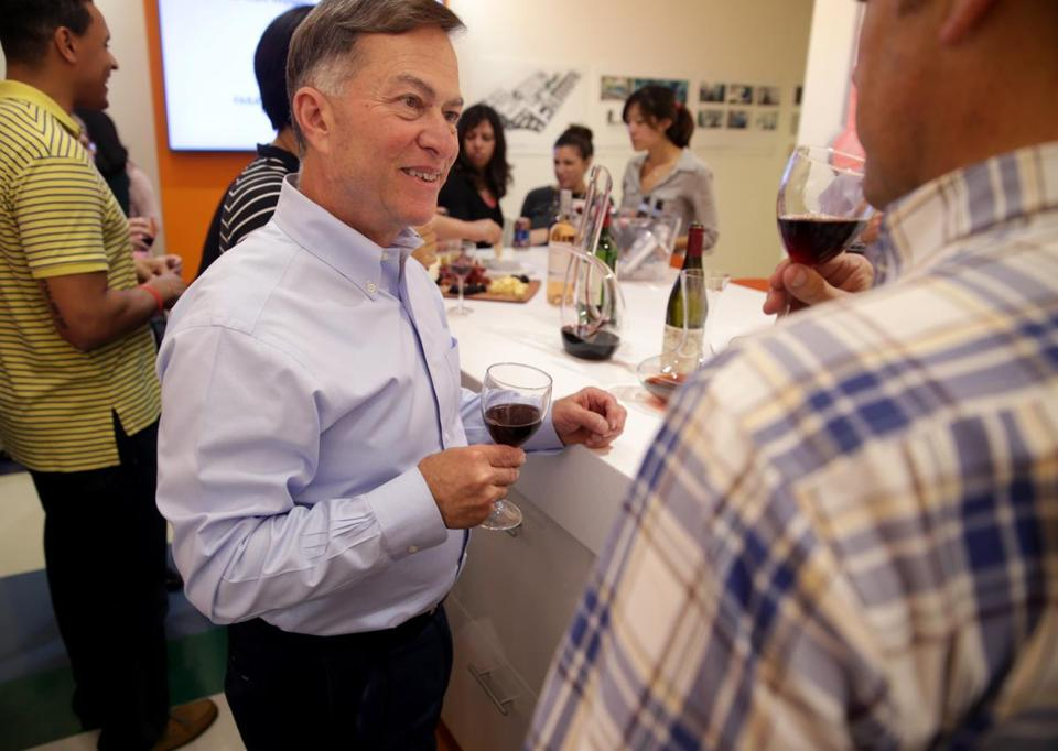 "Cambridge Ma 09272016 Top Places to work Series. "" Stimulate Your Neuron's"" Wednesday wine tasting hosted by Senior Vce President Bob Pietrusko (cq) at Voyager Therapeutics He host the event every Wednesday for employee's .Globe/Staff Photographer Jonathan Wiggs"