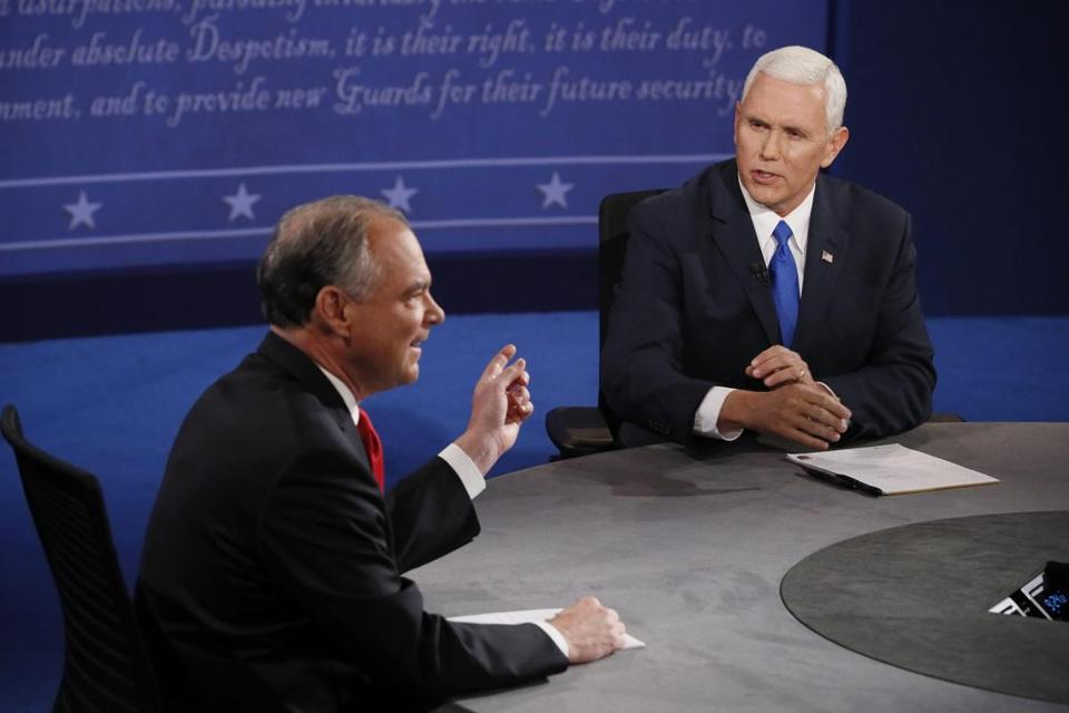 epa05570546 Republican Mike Pence (R) and Democrat Tim Kaine (L) during the only Vice Presidential Debate at Longwood University in Farmville, Virginia, USA, 04 October 2016. The second and third Presidential Debates will be held on 09 October in Missouri and 19 October in Nevada. EPA/ANDREW GOMBERT