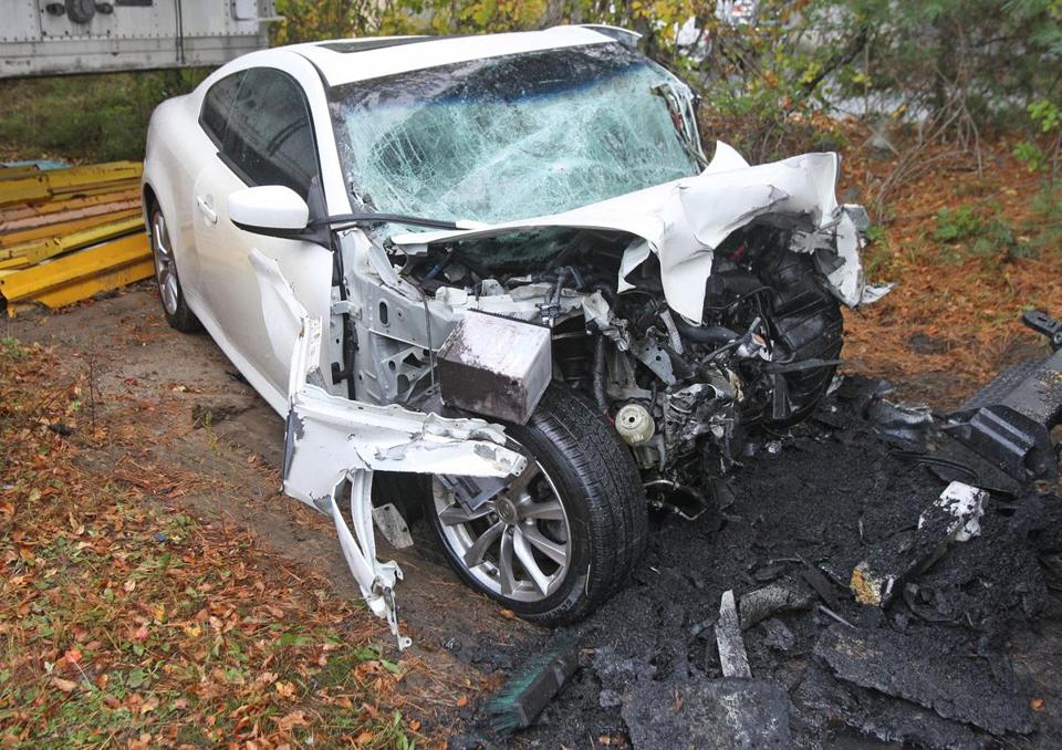 middleboro, ma 10/24/16 two vehicles involver in overnight fatal crash, five dead, on rte 495 middleboro white vehicle - wrong way driver, demolished car, four dead... * george rizer for the globe