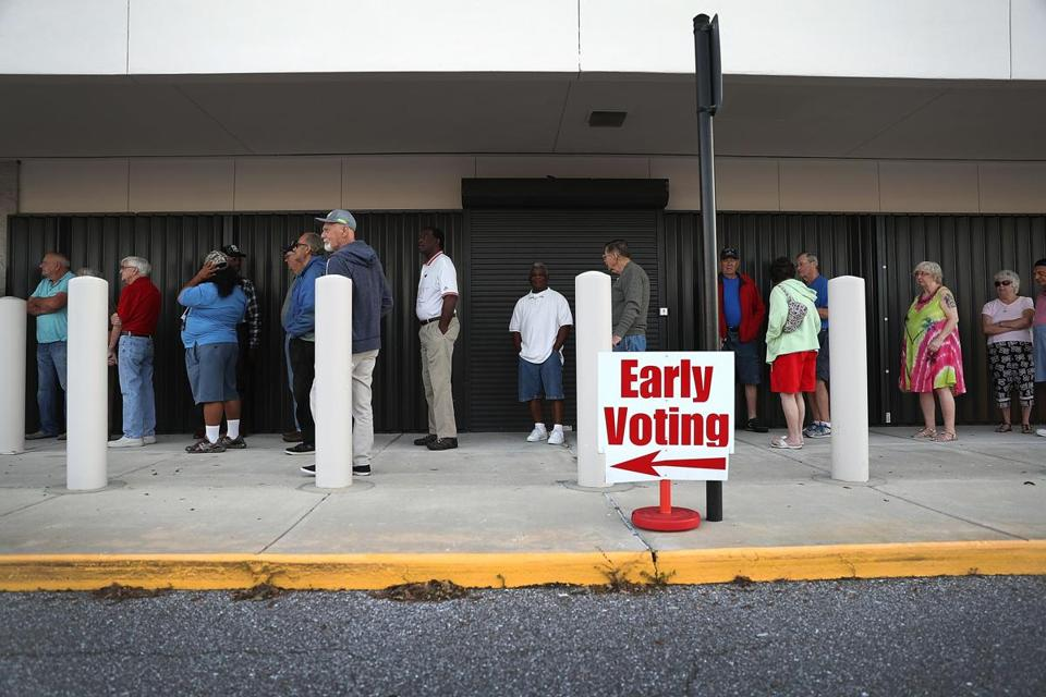 A sizable line greeted voters in Brandenton, Fla., who went to cast ballots on Oct. 24.