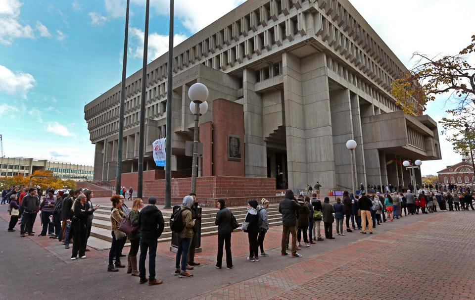 BOSTON, MA - 11/04/2016: Last day of early voting with long lines up to an hour wait in front of Boston City Hall outside on the plaza around noontime. It's been a busy place all week. (David L Ryan/Globe Staff Photo) SECTION: METRO TOPIC 05voters