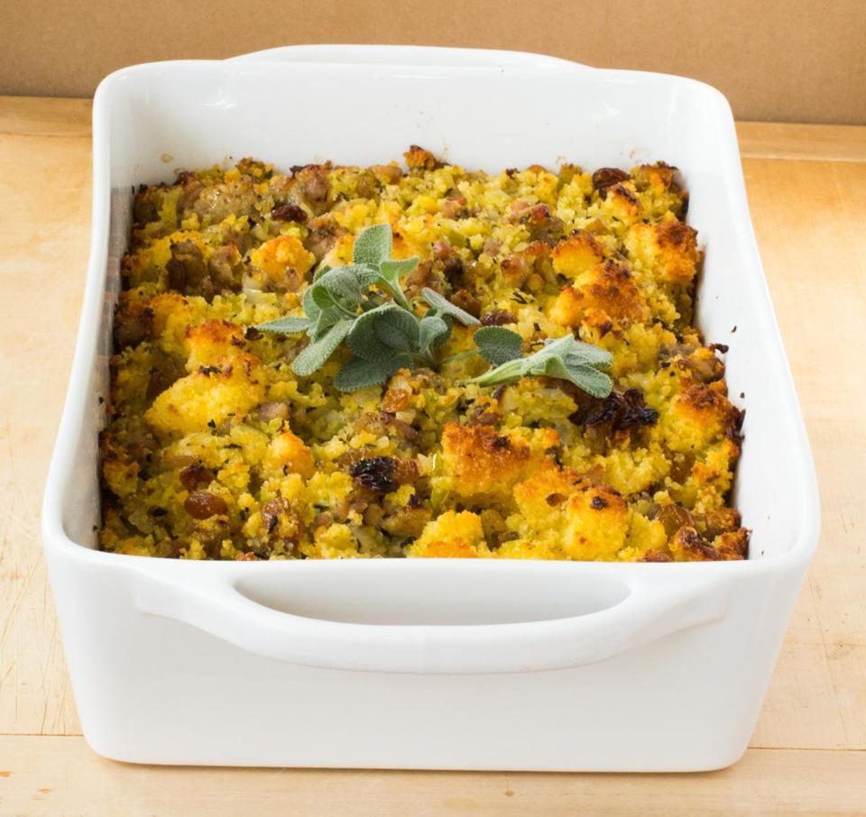 Recipe for cornbread and sausage casserole stuffing